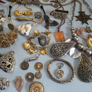 Jewelry - Huge Steampunk Wear and Craft Victorian